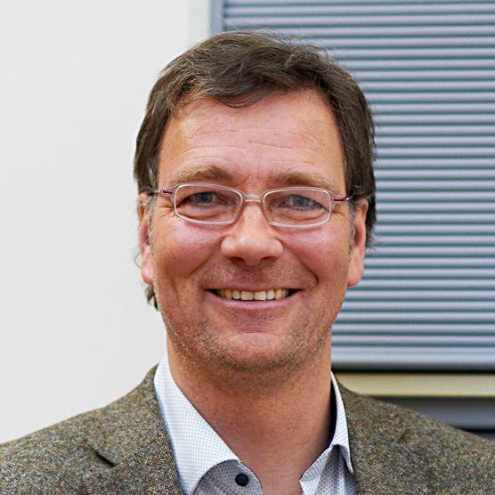 eta expert Mr. Schäfer